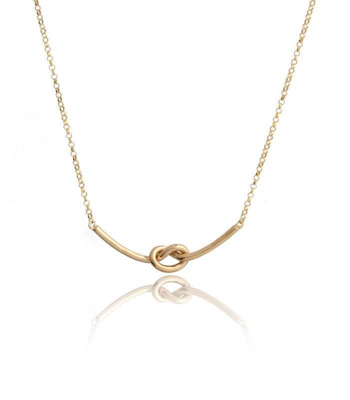 c21eb3f04895 Colgante plata de ley bañada en oro nudo