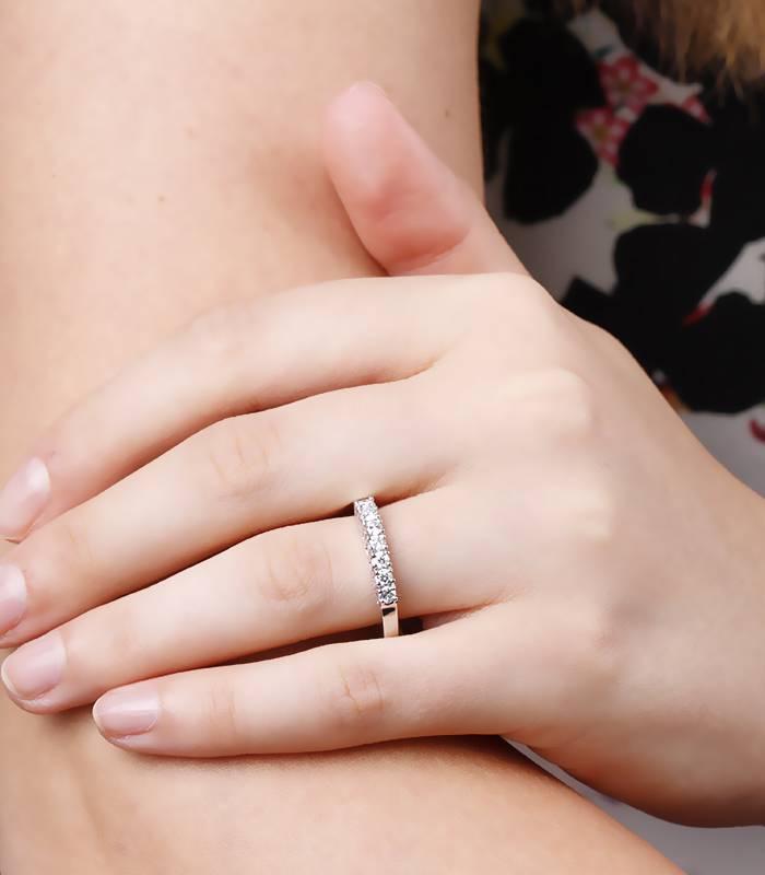 Anillo con Diamantes