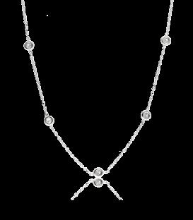 Cadena de plata con incrustaciones de diamante